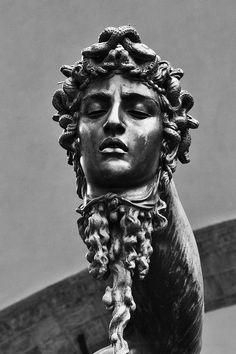 Florence: Piazza della Signoria - Perseus With the Head of Medusa by sprabhu Roman Photo, Greek Statues, Art Sculpture, Bronze Sculpture, Greek Art, Greek Gods, Renaissance Art, Ancient Greece, Ancient Art
