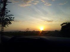 """Amanecer"" camino a Santa Catalina, Veraguas - Panamá"