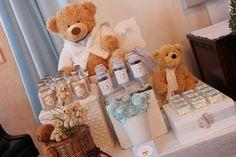 Detalhe da mesa... os bichinhos podem ser usados na decoração do quarto do bebê