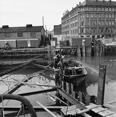 Lukking av Akerselva, 1965. Oslo, Building Front, Gaara, Bergen, Old Pictures, Ancestry, Norway, Street View, Museum