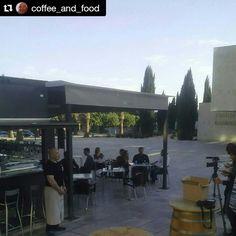 El descanso del guerrero!  #Repost @coffee_and_food  #grabando #unabuenacausa #judoc #porunniñotusonrisa