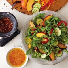 Esta receta además de ser saludable, es deliciosas y cuenta con un montón de espacio para la variedad. Podemos usar nectarinas, albaricoques o los melocotones.