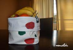 Frutera - Panera de algodón reversible estampada en serigrafía. Bread Baskets
