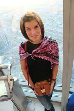 Lenka nám zaslala fotografii s kabelkou od nás. Dělá jí společnost při poznávání Dubaje.