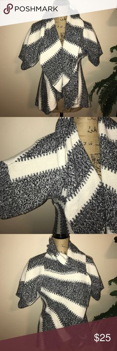 Express Wool-Blend Cardigan Gorgeous short sleeved cardigan, in perfect condition Express Sweaters Cardigans