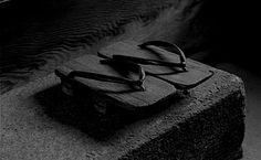 focus-damnit:  (via K A T H R Y N C L A R K) Back To Black, My Black, Total Black, Shades Of Black, Color Black, Photo Composition, Black And White Pictures, Japanese Culture, Wabi Sabi