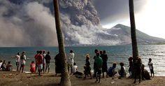 En Papouasie-Nouvelle-Guinée, le mont Tavurvur entre en éruption
