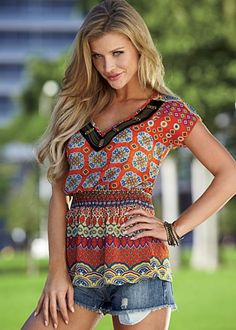 Love this top with jeans, denim capris or denim skirt