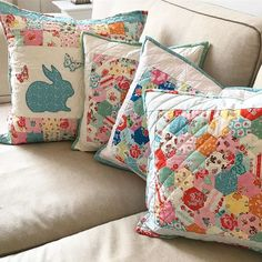 Spring is about to arrive, right? Well, at least I got my pillows out What a happy sight Cute Cushions, Small Pillows, Throw Pillows, Patchwork Pillow, Quilted Pillow, Sewing Projects, Projects To Try, Sewing Ideas, Pillow Fight