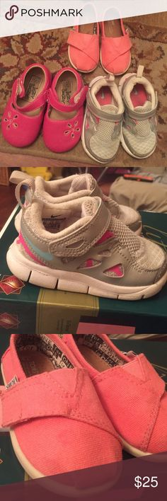 💥💥💥LOT! 3 pair of toddler shoes size 6!! 3 pair of toddler shoes. Pink toms, hot pink Itzy Bitzy boutique shoes, and light gray nike! These all are in good condition. $100 worth toms, itzybitzy,nike Shoes Dress Shoes