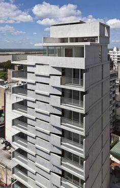 Edificio Maipú by Nicolás Campodonico