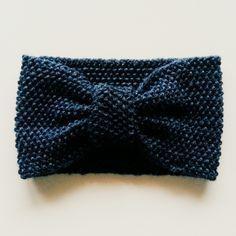 fascia capelli lana Free Knitting, Knitting Patterns, Hair Jewels, Knitting Accessories, Knitted Shawls, Headbands, Knit Crochet, Scrunchies, Diy Crafts