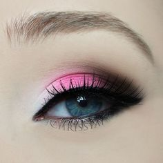 Here's a V- day eye makeup look