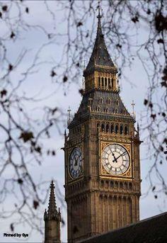 Big Ben, London, England.  Den passenden Koffer für eure Reise findet ihr bei uns: https://www.profibag.de/reisegepaeck/
