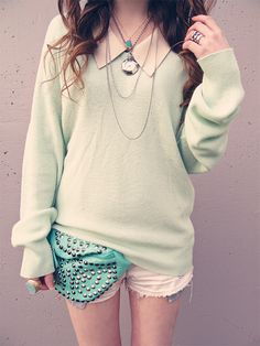 """Ashlei of """"Faltering Bird"""".what great style! Originally pinned by Urban Outfitters Pastel Fashion, Teen Fashion, Funky Fashion, Classy Fashion, Cheap Fashion, Korean Fashion, Spring Fashion, Adidas Tshirt, Urban Outfitters"""