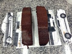 Cakes cut according to top view and side view profiles