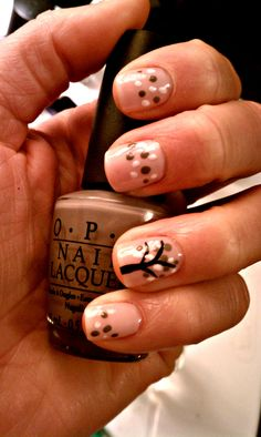 deco tree-i'm going to have harmony do this on my nails! love it!