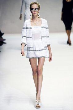 Вязание крючком и спицами: Жакет и платье (крючок) из коллекции Dolce & Gabbana Весна 2011