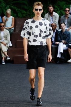 Issey Miyake Spring 2016 Menswear - Collection - Gallery - Style.com