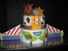 Buzz and Woody | Top tier is chocolate cake with snickers fi… | Flickr