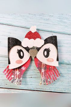 Pink Christmas Ornaments, Penguin Ornaments, Christmas Hair Bows, Christmas Wrapping, Christmas Holidays, Making Hair Bows, Diy Hair Bows, Animal Bows, Bow Template