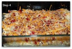 Low Carb Meals Mouth watering low carb chicken casserole recipe that's even perfect for when company comes. Creamy and spicy and super easy to make. Best Low Carb Recipes, Low Carb Chicken Recipes, Diabetic Recipes, Cooking Recipes, Keto Recipes, Keto Chicken, Cheesey Chicken, Broccoli Chicken, Favorite Recipes