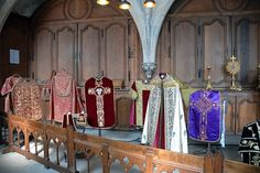 http://www.sacristies-of-the-world.com/wp-content/uploads/2013/08/rouen-4.jpg