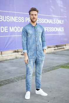 Rocking a denim jumpsuit. #Barcelona