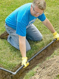 Transform your landscape with an irrigation system. This easy-to-install system is guaranteed to make your grass look great. Home Irrigation Systems, Water Irrigation System, Lawn Sprinkler System, Sprinkler Irrigation, Drip Irrigation System Design, Sprinkler Pump, Sprinkler System Installation, Garden Sprinklers, Lawn Care Tips