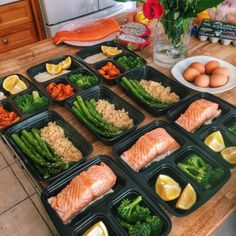 """Were capable. Youre capable! Gotta appreciate...  Were capable. Youre capable! Gotta appreciate taking initiative! Such a nice meal prep by @0liafit  """" Id promote some meal prep company on social media for a living but turns out I am perfectly capable of cooking my food myself. Bummer. - Salmon/broccoli quinoa/asparagus sea bass/yams. Bento boxes from Amazon. """" Quick meal prep after Tassie! For people who I say they dont have the timethis only took 30mins! """" YOUR TURN! Check out some of our…"""