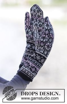 "Knitted DROPS mittens with Nordic pattern in ""Fabel"". ~ DROPS Design"