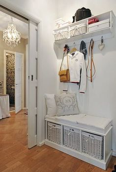 12 Best Scandinavian Interior Design Tips and Ideas Living Room Modern, Living Room Decor, Bedroom Decor, Scandinavian Interior Design, Interior Design Tips, Ideas Recibidor, Small Entryways, Upcycled Home Decor, Home Organization