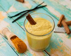 The Unexpected Smoothie Ingredient That Fights Bloat http://www.pinterest.com/pin/create/button/?guid=sKJVKwhdb_cX-1&url=http%3A%2F%2Fwww.womenshealthmag.com%2Fnutrition%2Fturmeric-smoothies&media=http%3A%2F%2Fwww.womenshealthmag.com%2Ffiles%2Fwh6_uploads%2Fimages%2Ftumeric-smoothies_0.jpg&description=The+Unexpected+Smoothie+Ingredient+That+Fights+Bloat