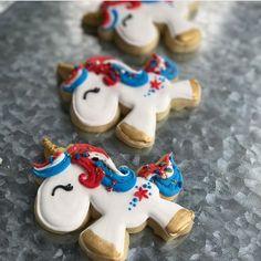 of July Patriotic Frosted Unicorn Cookies Cookie Frosting, Royal Icing Cookies, Summer Cookies, Holiday Cookies, Cute Cookies, Cupcake Cookies, Biscotti, Princess Cookies, Iced Sugar Cookies