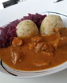 Brauhaus-Gulasch Brauhaus goulash (recipe with picture) by aasoeckchen Hamburger Meat Recipes, Sausage Recipes, Pork Recipes, Slow Cooker Recipes, Chicken Recipes, Whole30 Recipes Lunch, Grilling Recipes, Easy Whole 30 Recipes, Goulash Recipes