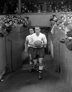 The old times  Nat Lofthouse Bolton and England