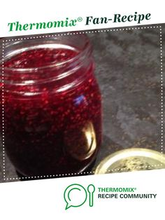 Recipe Raspberry Jam by Angela de Gunst, learn to make this recipe easily in your kitchen machine and discover other Thermomix recipes in Sauces, dips & spreads. Jam Recipes, Vegan Recipes, Veggie Box, Curd Recipe, Recipe Community, Bellini, Vegan Gluten Free, Preserves, Spreads
