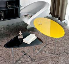 ensemble de tables basses modernes en noir et jaune