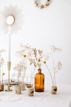 Christmas table: The forest of dried flowers wohnen # forêt # Noël # . Christmas table: T Wedding Table Centres, Wedding Table Centerpieces, Wedding Decorations, Centerpiece Ideas, Floral Centerpieces, Flower Holder, Deco Floral, Table Centers, Decoration Table