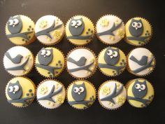 use fondant to make owl or owl eyes? Can do the same on cake, cupcakes, and oreo pops - if I could get the fondant to play nice with me....