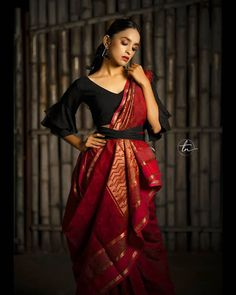 Stylish Blouse Design, Fancy Blouse Designs, Stylish Dress Designs, Traditional Blouse Designs, Netted Blouse Designs, Saree Wearing Styles, Saree Styles, Indian Fashion Dresses, Indian Designer Outfits