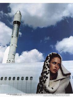 ☆ Raquel Zimmermann | Photography by Enrique Badulescu | For Vogue Magazine France | October 2000 ☆ #Raquel_Zimmermann #Enrique_Badulescu #Vogue #2000