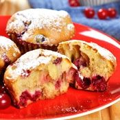 Add cranberries to your Thanksgiving table in muffin form.