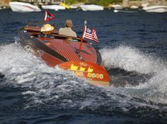 1939 Chris-Craft 19' Custom Runabout Chris Craft Boats, Vintage Boats, Wood Boats, Speed Boats, Vintage Wood, Vintage Travel, Planes, Trains, Classic