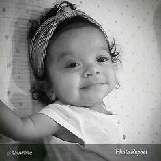 Beauty Baby Models, Head Wraps, Most Beautiful, Autumn Fashion, Lol, Kids, Vintage, Beauty, Face
