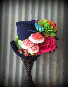 I love this Mad Hatter inspired top hat!