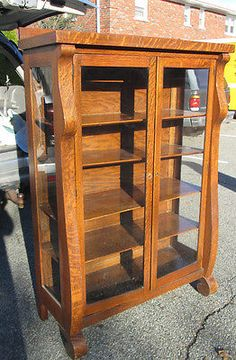 Beautiful Antique Victorian Oak Curio China Cabinet Bookcase Glass Doors