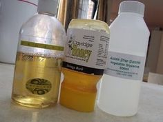 DIY Honey facial wash: honey, castille and vegetable glycerin {Can't wait to try this! I love all of these ingredients!}