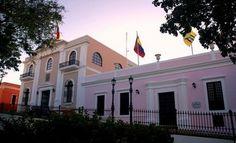 Casa Congreso de Angostura ubicada en el Casco Historico - Ciudad Bolivar - Estado Bolivar - Venezuela