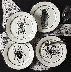 Natural Curiosities also makes dinner plates with flies, octopodes, spiders and stag beetles! I love love LOVE these.